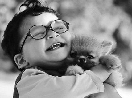 hugs_dog